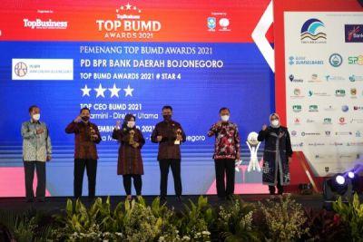 Bupati Bojonegoro Produktif Raih Penghargaan BUMD Award 2021 di Masa Pandemi