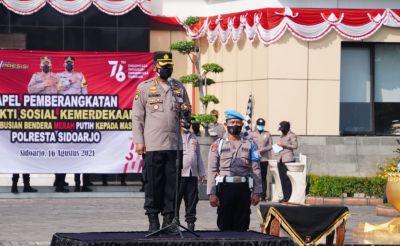 Gelorakan Kemerdekaan Republik Indonesia, Kapolresta Sidoarjo Bagikan 5.000 Bendera Merah Putih
