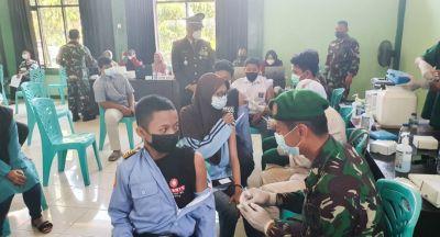 HUT ke- 76, TNI Bojonegoro Gelar Serbuan Vaksinasi 6000 Dosis di 11 Lokasi