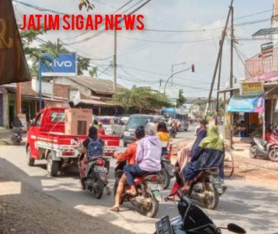 Masyarakat Jember keluhkan Lalu Lintas Sering Terjadi Kemacetan