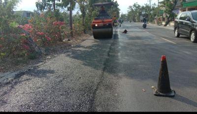 Pemkab Terus kebut, Pelebaran Jalan Nasional Bojonegoro Ditahap Pengaspalan