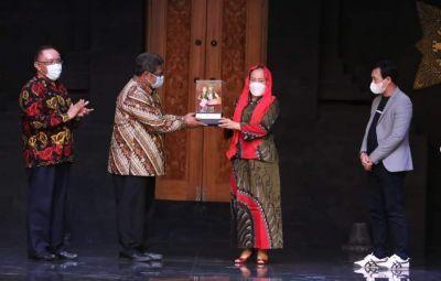 Sandur Milenial Tampil di TMII Tunjukkan Jalan Bojonegoro Nglenyer